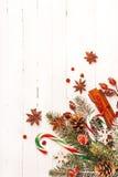 Υπόβαθρο Χριστουγέννων με τις εορταστικές διακοσμήσεις Στοκ Εικόνα