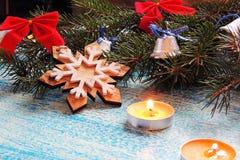 Υπόβαθρο Χριστουγέννων με το δέντρο και τα παιχνίδια Στοκ Εικόνα