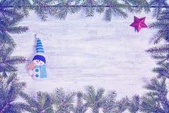 Υπόβαθρο Χριστουγέννων με το κομψό πλαίσιο Στοκ φωτογραφίες με δικαίωμα ελεύθερης χρήσης