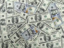 Υπόβαθρο 100 Bill δολαρίων - 1 πρόσωπο με τους παλαιούς και νέους λογαριασμούς Στοκ Φωτογραφία