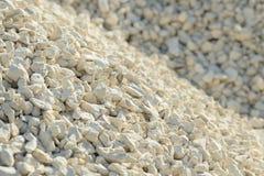 Υπόβαθρο Breakstone Οδικό αμμοχάλικο Σύσταση αμμοχάλικου συντριμμένο αμμοχάλικο Σωροί των βράχων ασβεστόλιθων Πέτρες σπασιμάτων σ στοκ φωτογραφία με δικαίωμα ελεύθερης χρήσης