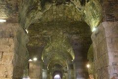 Υπόγειοι σύνθετοι τοίχοι παλατιών ` s Diocletian ` s Στοκ φωτογραφία με δικαίωμα ελεύθερης χρήσης