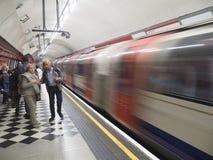 Υπόγειος σταθμός του Λονδίνου στοκ εικόνα