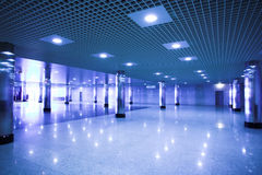 υπόγειος σταθμών αιθουσών Στοκ εικόνες με δικαίωμα ελεύθερης χρήσης