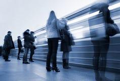 υπόγειος σταθμών κινήσεων θαμπάδων υπόγεια Στοκ φωτογραφίες με δικαίωμα ελεύθερης χρήσης