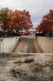 Υπόγειο γκαράζ χώρων στάθμευσης Στοκ εικόνες με δικαίωμα ελεύθερης χρήσης