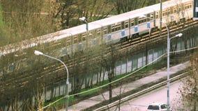 Υπόγειο τρένο μετρό της Μόσχας υπαίθρια απόθεμα βίντεο