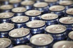 Υπόλοιπος κόσμος των δοχείων μπύρας Στοκ Φωτογραφία