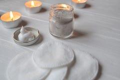 Υπόλοιπο στη SPA Προσοχή ομορφιάς Χρόνος χαλάρωσης για το youself Aromatherapy Στοκ Φωτογραφίες