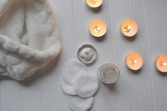 Υπόλοιπο στη SPA Προσοχή ομορφιάς Χρόνος χαλάρωσης για το youself Aromatherapy Στοκ εικόνες με δικαίωμα ελεύθερης χρήσης