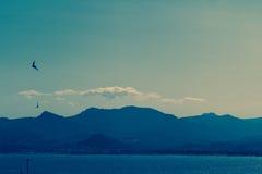 Υπόστεγο D'Azur, θάλασσα των Καννών και βουνά, νότια Γαλλία Στοκ Εικόνες