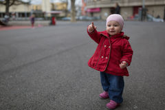 Υπόδειξη μικρών παιδιών Στοκ Εικόνες