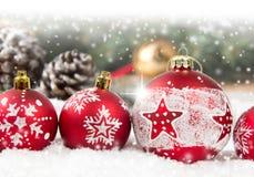 Υπόλοιπος κόσμος σφαιρών Χριστουγέννων Στοκ φωτογραφία με δικαίωμα ελεύθερης χρήσης
