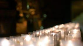 Υπόλοιπος κόσμος του καψίματος των κεριών που συγκεντρώνονται Στοκ Εικόνα