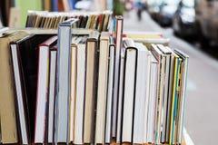 Υπόλοιπος κόσμος των βιβλίων σε ένα antiquarian βιβλιοπωλείο Στοκ φωτογραφία με δικαίωμα ελεύθερης χρήσης
