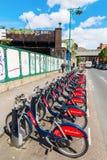 Υπόλοιπος κόσμος των κύκλων του σαντάντερ σε Shoreditch, Λονδίνο Στοκ Φωτογραφία
