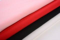 Υφάσματα βαμβακιού με τα διαφορετικά χρώματα Στοκ εικόνα με δικαίωμα ελεύθερης χρήσης