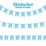 Υφάσματα Oktoberfest Διακοσμήσεις για τα υφάσματα γιρλαντών Oktoberfest της βαυαρικής ελεγμένης μπλε σημαίας Στοκ Φωτογραφίες