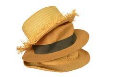 Υφαμένα καπέλα στο άσπρο υπόβαθρο Στοκ Φωτογραφία