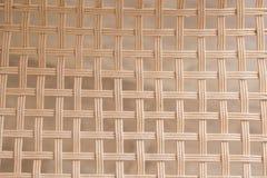 Υφαμένη μπαμπού ψάθινη τετραγωνική σύσταση σχεδίων στοκ φωτογραφία με δικαίωμα ελεύθερης χρήσης
