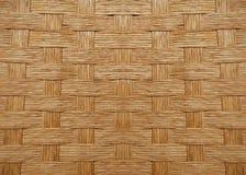 Υφαμένο ξύλινο σχέδιο καλαθιών Στοκ Εικόνες