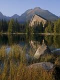 υψηλά tatras πετρών λιμνών ξενοδ&omi Στοκ Εικόνες