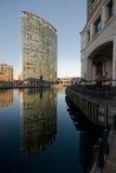 υψηλή άνοδος αντανακλάσ&epsi Στοκ φωτογραφία με δικαίωμα ελεύθερης χρήσης