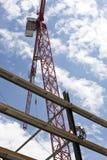υψηλή άνοδος κατασκευής Στοκ φωτογραφία με δικαίωμα ελεύθερης χρήσης