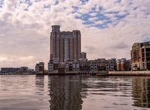 Υψηλή άνοδος στο λιμάνι στοκ εικόνες με δικαίωμα ελεύθερης χρήσης