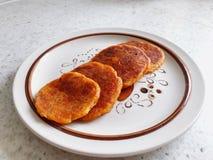 Υψηλή άποψη γωνίας του παν κέικ γλυκών πατατών Στοκ εικόνες με δικαίωμα ελεύθερης χρήσης