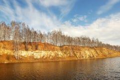 υψηλή ακτή ποταμών Στοκ Εικόνες