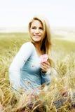 υψηλή βασική ελαφριά γυναίκα πορτρέτου Στοκ φωτογραφία με δικαίωμα ελεύθερης χρήσης