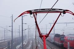 υψηλή τάση γραμμών Στοκ εικόνα με δικαίωμα ελεύθερης χρήσης