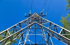 υψηλή pylon τάση ηλεκτρικής ενέ Στοκ Εικόνες