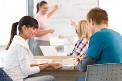 υψηλοί σχολικοί σπουδ&al στοκ εικόνα