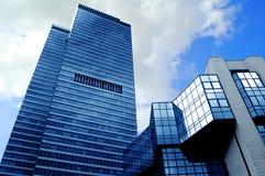υψηλός σύγχρονος ουραν&om Στοκ εικόνα με δικαίωμα ελεύθερης χρήσης