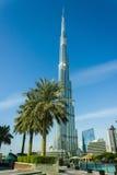 Υψηλές κτήρια και οδοί ανόδου στο Ντουμπάι, Ε.Α.Ε. Στοκ φωτογραφία με δικαίωμα ελεύθερης χρήσης