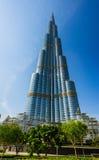 Υψηλές κτήρια και οδοί ανόδου στο Ντουμπάι, Ε Στοκ εικόνες με δικαίωμα ελεύθερης χρήσης