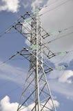 Ηλεκτρικός πόλος σιδήρου στον ουρανό. Στοκ εικόνες με δικαίωμα ελεύθερης χρήσης