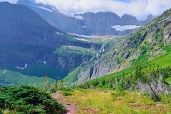 Υψηλό αλπικό τοπίο στο ίχνος παγετώνων Grinnell στο εθνικό πάρκο παγετώνων, Μοντάνα Στοκ φωτογραφίες με δικαίωμα ελεύθερης χρήσης
