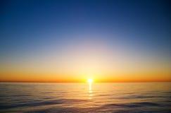 υψηλό ηλιοβασίλεμα θάλασσας διάλυσης jpg Στοκ Εικόνα