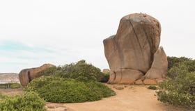 Υψωμένος βράχος συριγμού Στοκ Εικόνες
