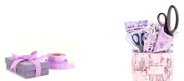 Υλικά και εργαλεία για τη ραπτική και τα χόμπι Στοκ Φωτογραφία