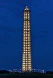 Υλικά σκαλωσιάς επισκευής μνημείων της Ουάσιγκτον που φωτίζονται Στοκ φωτογραφίες με δικαίωμα ελεύθερης χρήσης