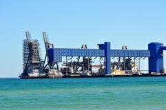 Υλικά σκαλωσιάς στο θαλάσσιο εργοτάξιο οικοδομής Στοκ φωτογραφία με δικαίωμα ελεύθερης χρήσης