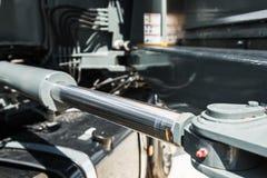 Υδραυλική γερανών για την ανύψωση και το κράτημα της μηχανής στοκ εικόνες