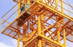 Υδραυλικοί γρύλοι του γερανού πύργων στοκ φωτογραφίες με δικαίωμα ελεύθερης χρήσης
