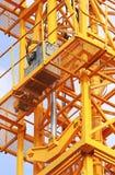 Υδραυλικοί γρύλοι του γερανού πύργων στοκ εικόνα