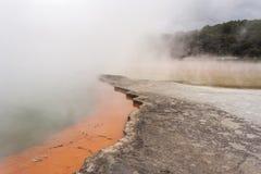 Υδρονέφωση πέρα από τη λίμνη CHAMPAGNE Στοκ εικόνα με δικαίωμα ελεύθερης χρήσης