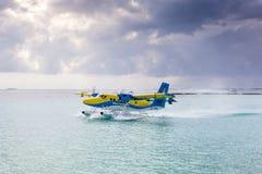 Υδροπλάνο στον αρσενικό αερολιμένα Στοκ Εικόνες